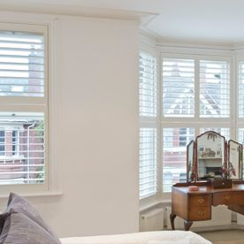 Bay_window, lounge, shutters,